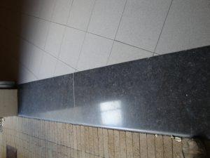hardsteen zwart na renovatie