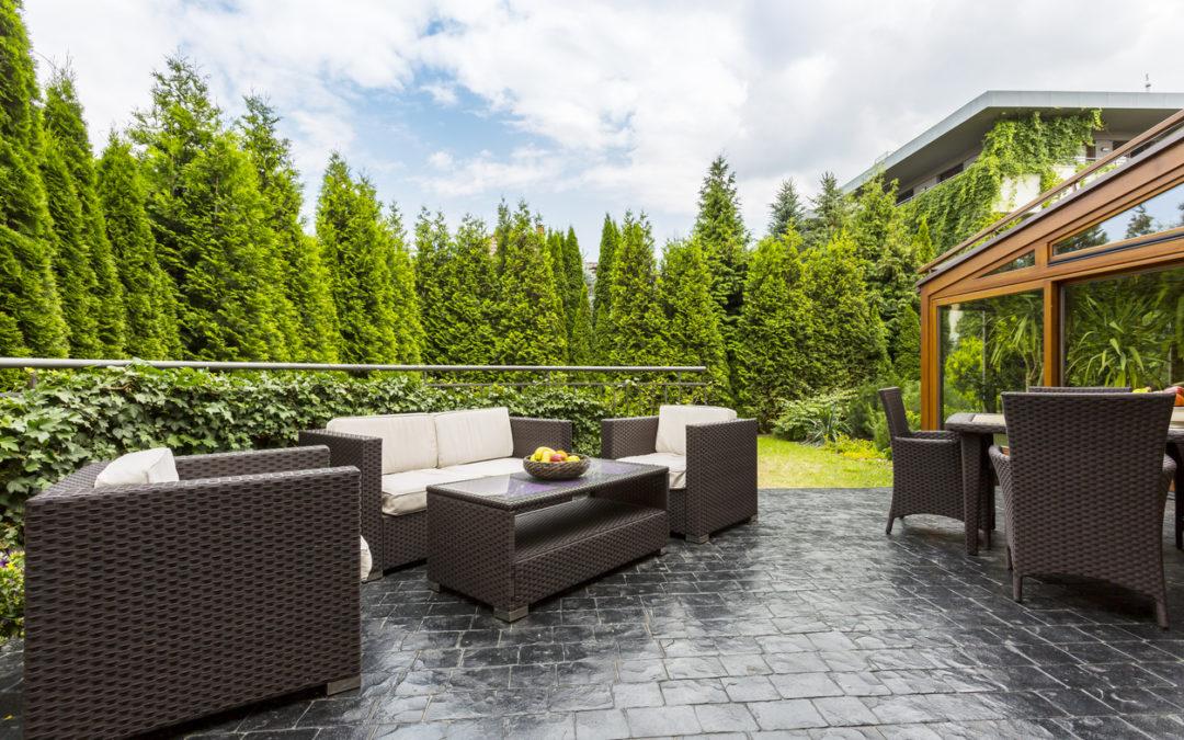Mooi zomerweer? Let op voor (te) warme terrastegels